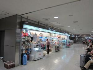 成田空港1階売店